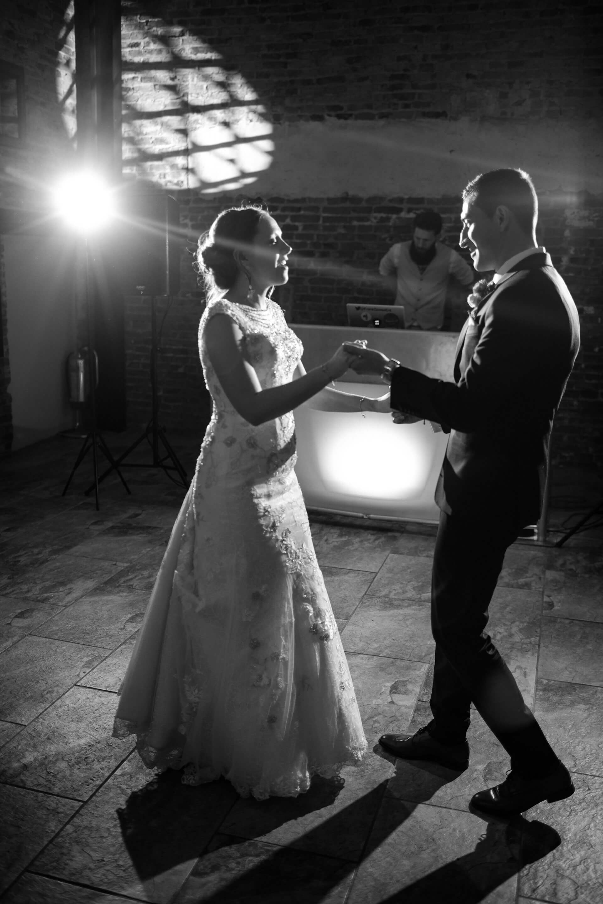 "Amy and James' first dance. Photography by <a href=""http://www.joestenson.co.uk/"" target=""_blank"">Joe Stenson</a>"