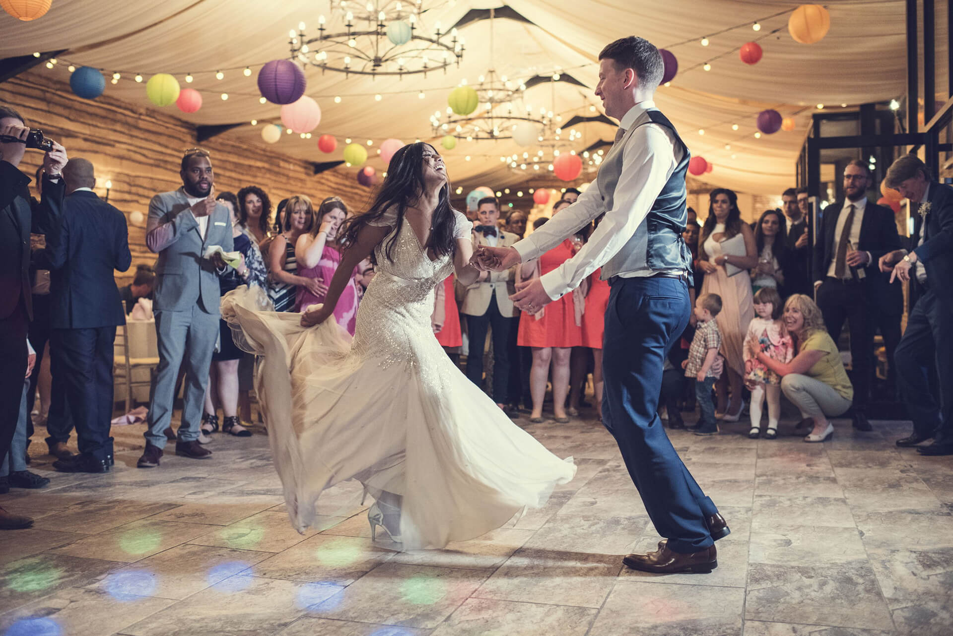 "First dance photo goals! we love this shot of Ruairi and Michelle taken by <a href=""http://www.thomasthomasphotography.co.uk/"" target=""_blank"">Thomas Thomas Photography</a>"